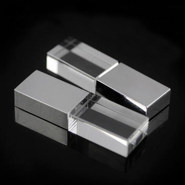 8190-16GB Kristal USB Bellek